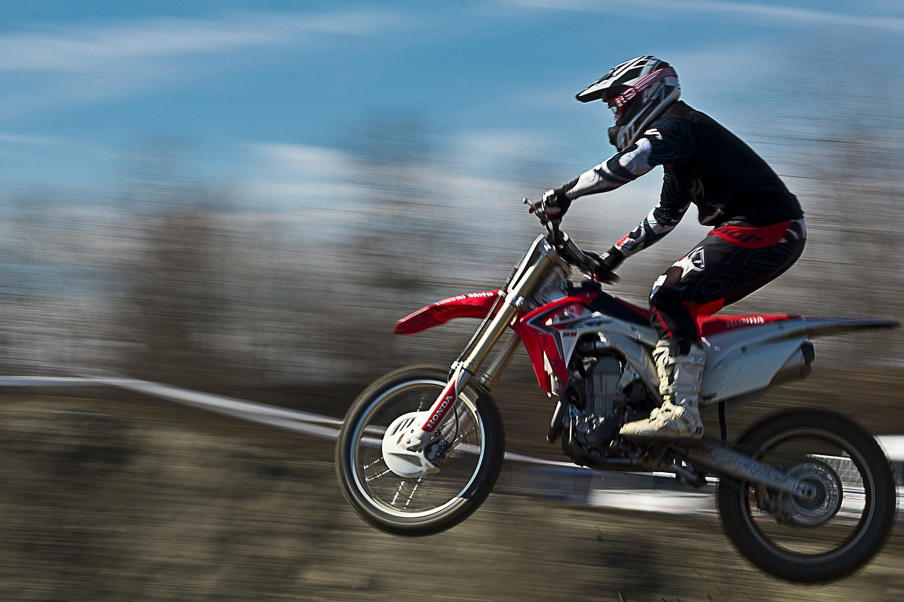 moto-190477_1280